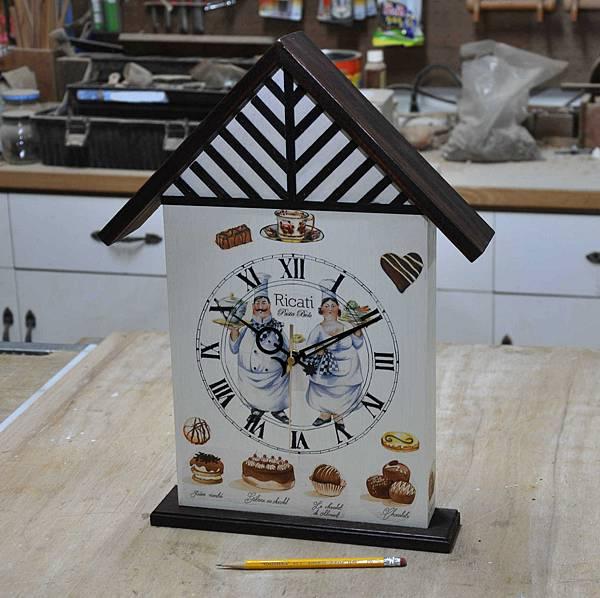 都鐸式的時鐘 (13).JPG