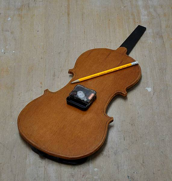 小提琴時鐘 (7).JPG