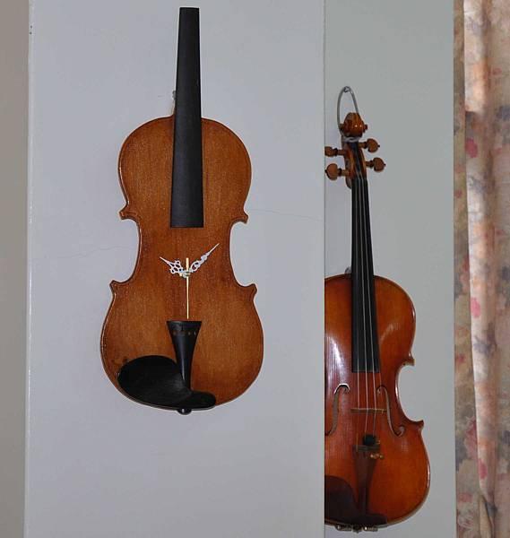 小提琴時鐘 (11).JPG