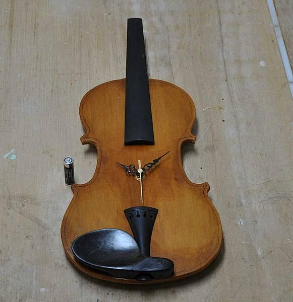 小提琴時鐘 (9).JPG