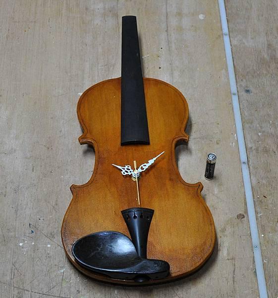 小提琴時鐘 (10).JPG