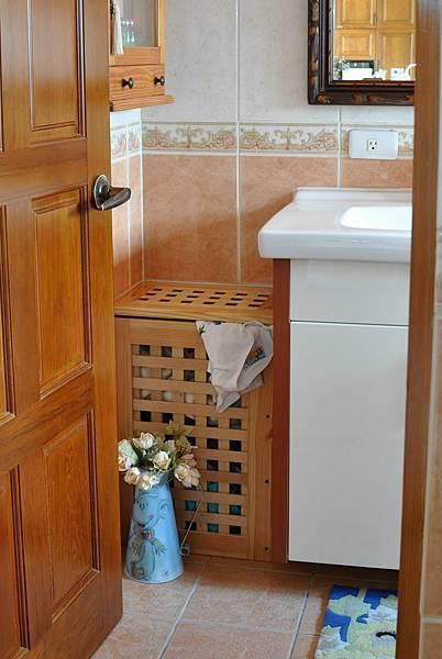 木製洗衣籃 (12).JPG