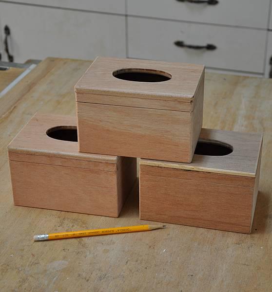 三個餐巾紙盒 (2).JPG