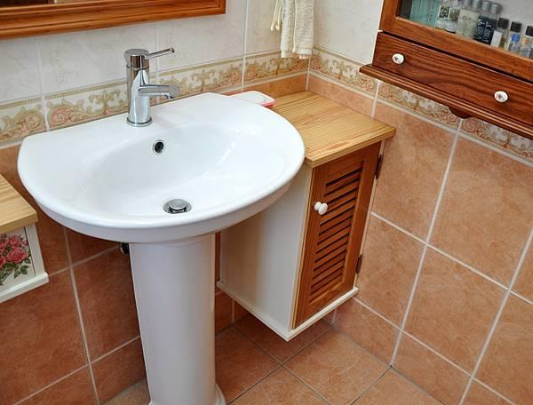 浴室裝潢DIY (1).JPG