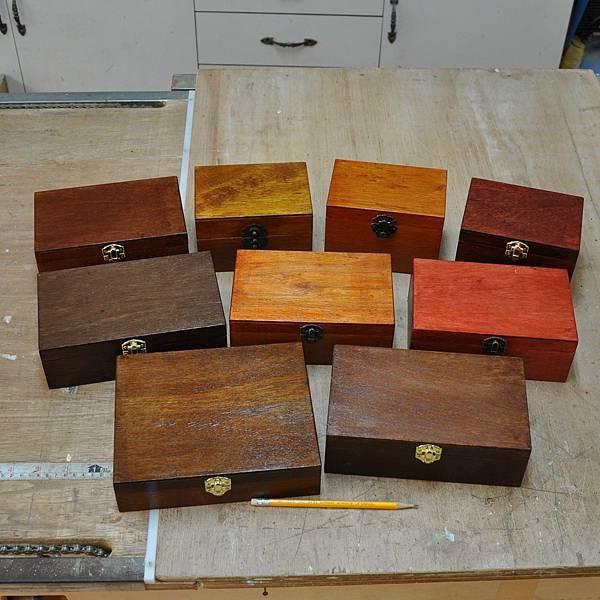 木作品的染色 (4).JPG