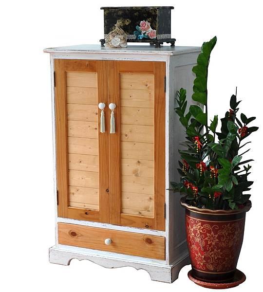 鄉村風的儲物櫃 (1).jpg