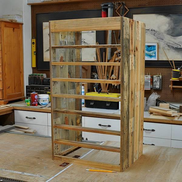 棧板做的零件櫃 (4).JPG