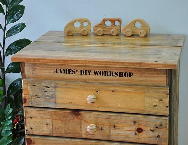 棧板做的零件櫃 (22).JPG