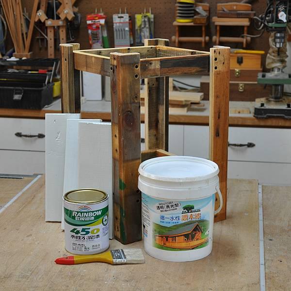 棧板做的凳子 (8).JPG