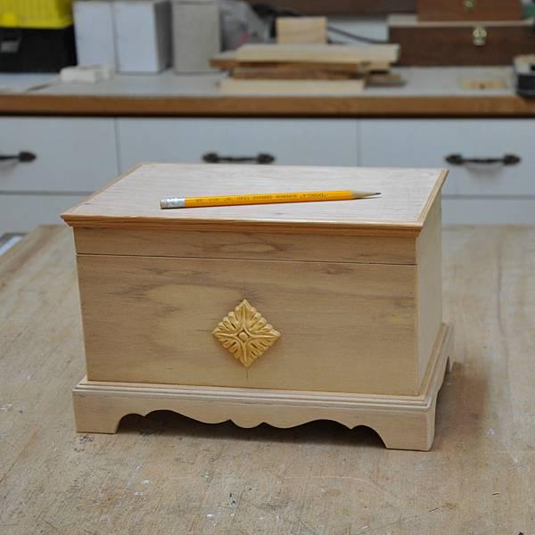 木作品上漆過程 (2).JPG