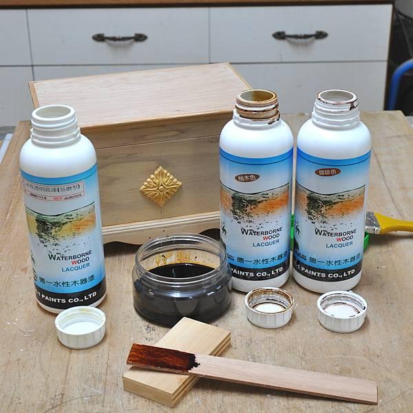 木作品上漆過程 (3).JPG