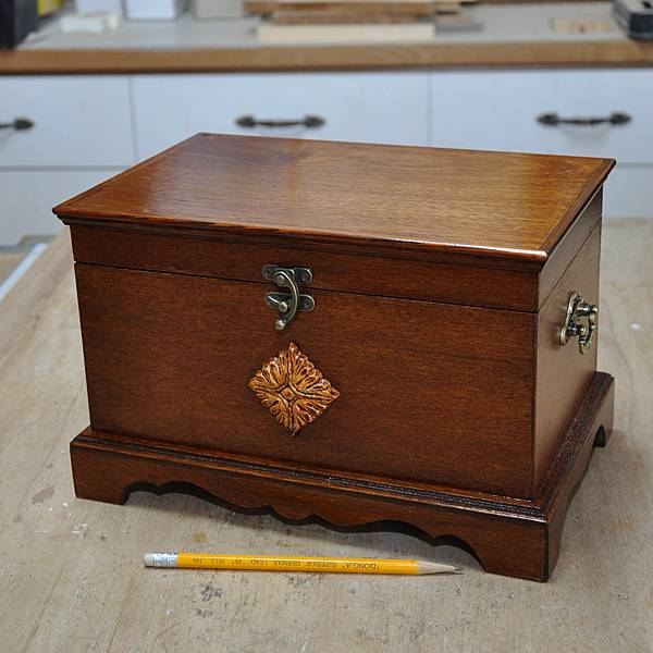 木作品上漆過程 (9).JPG