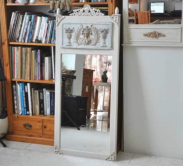 巴洛克風的鏡子 (12).JPG