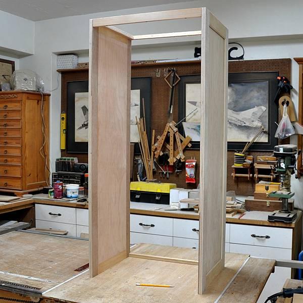 高高瘦瘦的衣櫥 (3).JPG
