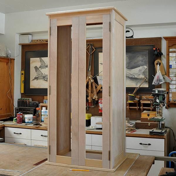 高高瘦瘦的衣櫥 (4).JPG