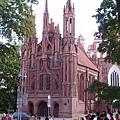 教堂(名字要查一下)