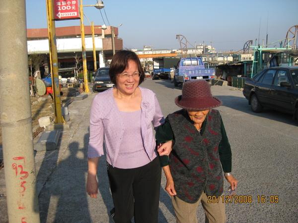 老媽與阿嬤
