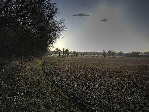 UFOmedium_2129730398