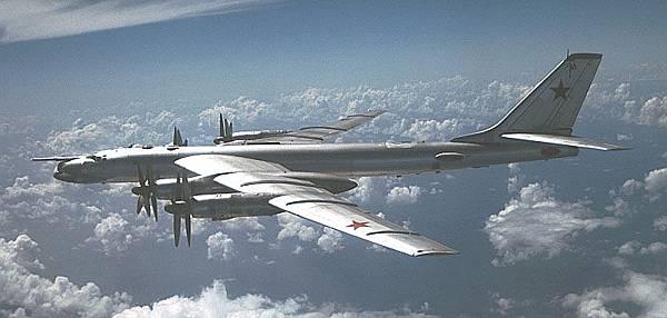 蘇聯偵察機 TU-95_001(圖/取自航空圖網站)