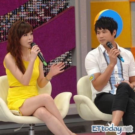 台灣綜藝談話性節目已演化出專「論人是非」的特色