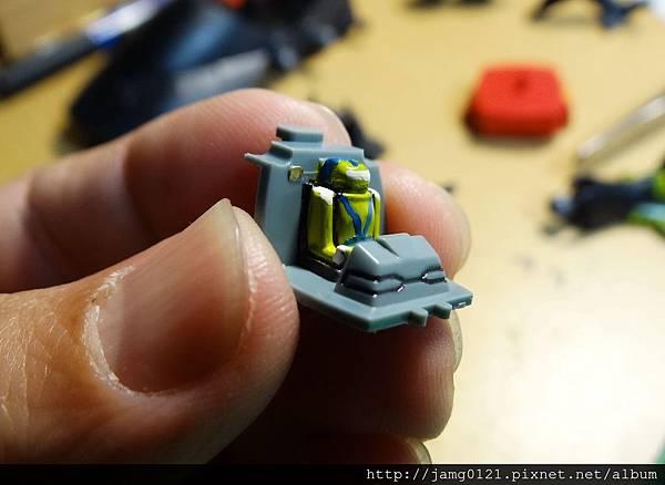 鋼坦克製作_04.JPG