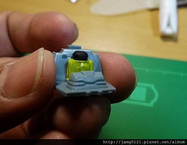 鋼坦克製作_03.JPG