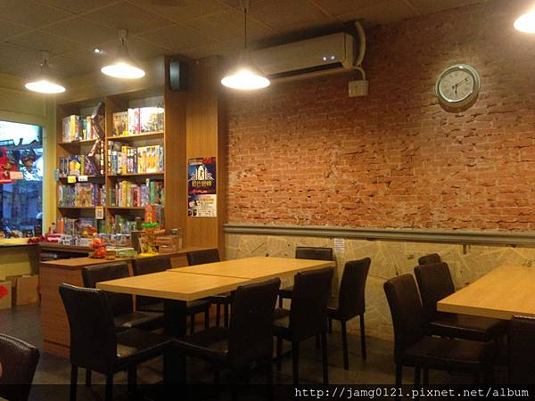 貝克街桌遊店_05.JPG