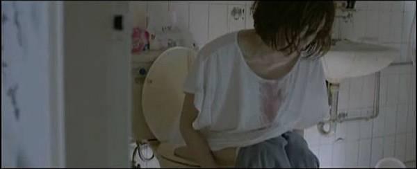 李佳薇,破尺度新歌MV《煎熬》完整未剪電影2.jpg