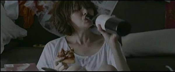 李佳薇,破尺度新歌MV《煎熬》完整未剪電影3.jpg