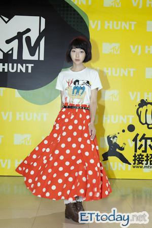 d104626誰是山東?我是山東對我來說 MV。  我是山東 樂團 專輯介紹 歌手介紹 資料 是誰 MV 網拍