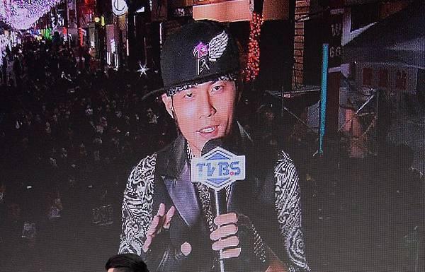 周杰倫簽唱會現場連線02 - 複製.jpg