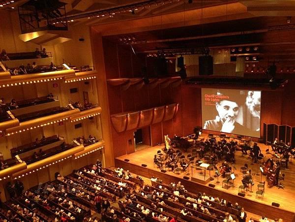 紐約林肯中心Lincoln Center-紐約愛樂表演-查理卓別林-城市之光_Charlie Chaplin-City Lights