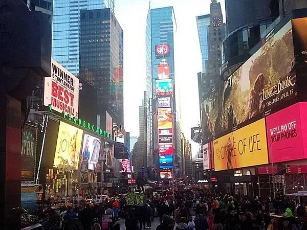 美國紐約有種族歧視嗎?紐約危險嗎?紐約好玩嗎?紐約生活很貴嗎?快速了解紐約精采生活大小事