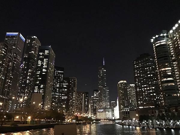 芝加哥看天際線坐船很推薦當地老字號的Wendellaboats 船公司-【美國芝加哥旅遊】芝加哥四天三夜超順路旅遊攻略,芝加哥天際線