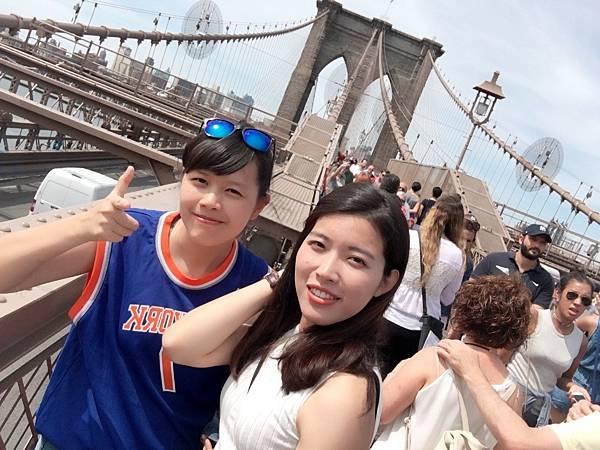 Brooklyn Bridge 布魯克林大橋----紐約景點推薦,紐約行程推薦,紐約自由行攻略,紐約必去景點,紐約行程規劃