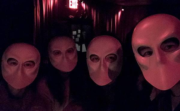 紐約必去-必看默劇Sleep-no-more-跟著演員跑戲劇-紐約行程推薦