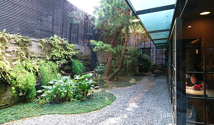 庭園造景餐廳.jpg