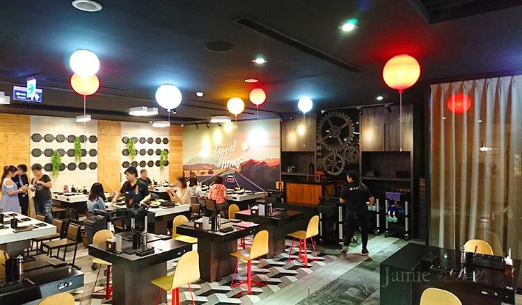 餐廳用餐環境.jpg