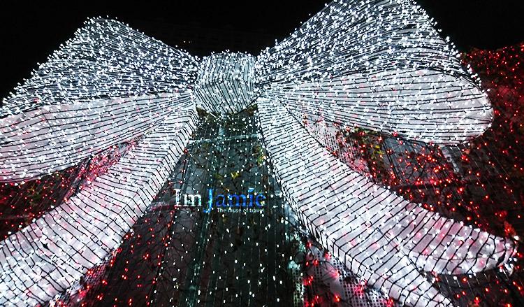 大型聖誕禮物燈飾.jpg