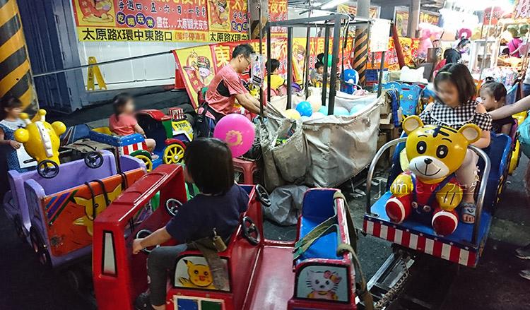 傳統電動小火車.jpg