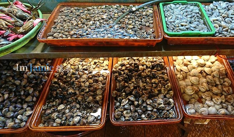 各式海鮮貝類.jpg