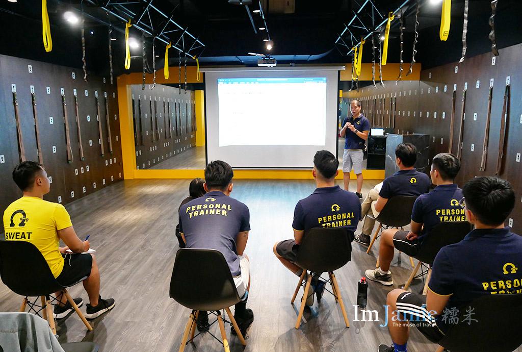 OMEGA教練定期在上課進修教練費用.jpg