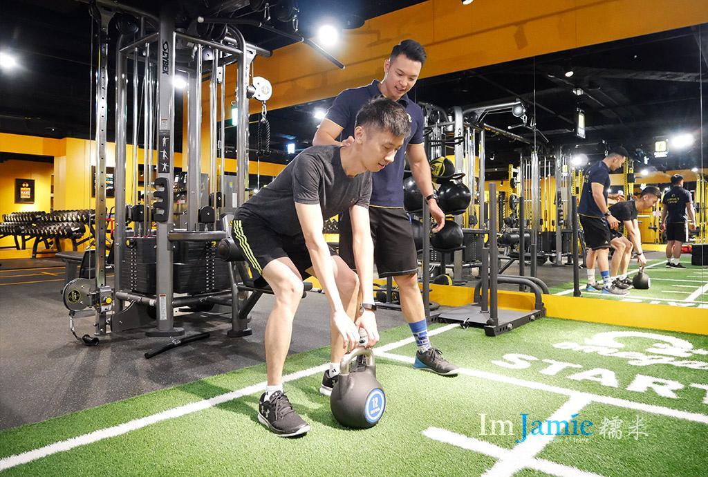 健身教練Fenix(菲尼克斯)硬舉教學.jpg