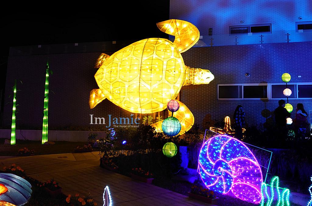 6米高的綠蠵龜.jpg