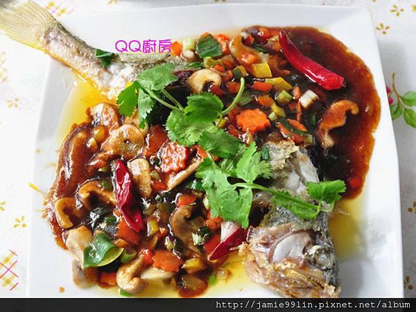 梅膏醋溜紅燒魚