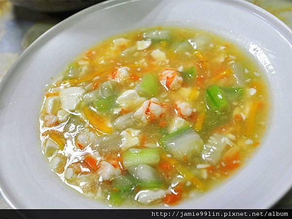 鮮蝦豆腐絲瓜煲