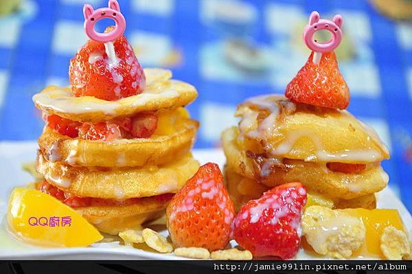 饅頭草莓水果千層派