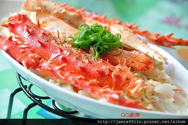 蒜香奶油鱈場蟹腳燴板條