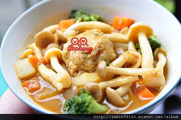 咖哩丸子菇菇燒