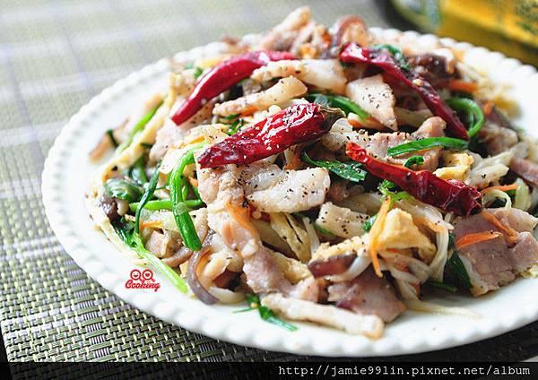 鹹豬肉拌炒鮮蔬